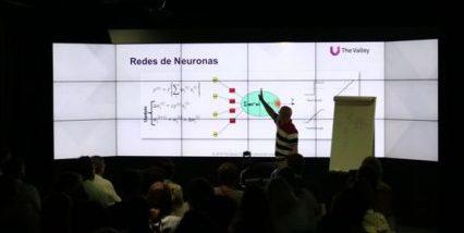 raul-arrabales-explicando-como-aplicar-inteligencia-artificial-a-negocios
